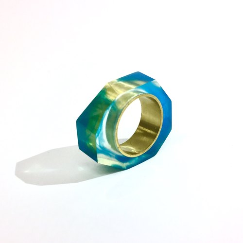 PRISM ring Gold Blue Clear