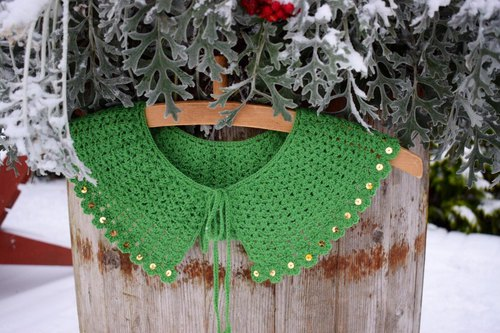 Peter Pan collar, crochet collar, handmade necklace made of natural merino wool