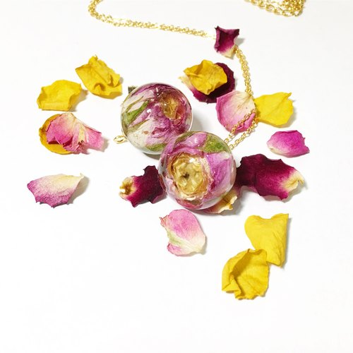 Mini roses dry flower ball necklace two-color pink yellow