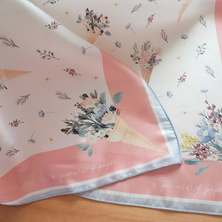 SCARF : Flower Cones (white)
