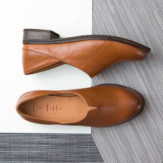 Small V Sheepskin Low Heel Shoes_Brown