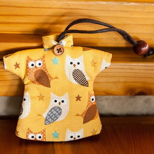 Le Sew than the rabbit LoveRabbit- owl Wallets - can house keys, clothes modeling, owl