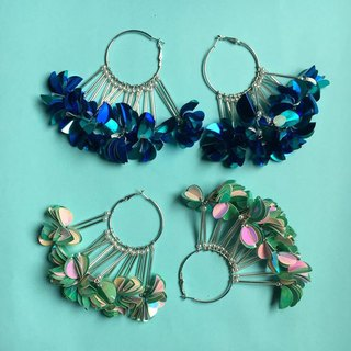 earrings : BaBa on ring blue / green