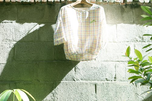 Color weaving lattice lovely lattice sleeves shirt (green hill last one)