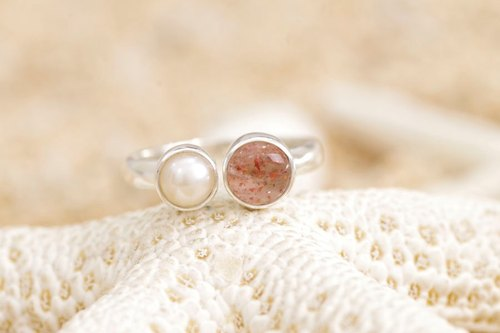 Sun Stone and silver ring of freshwater pearl