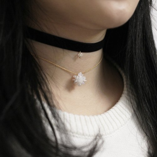 Snowflake Black Choker & Necklace Set