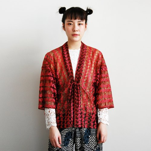 Ancient and hollow embroidery kimono jacket