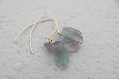 Flow light of Marquis hook earrings light purple (Fri 14 gf)