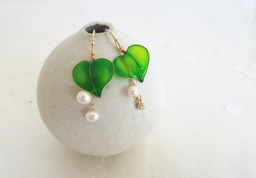 ivy leaf & small freshwater pearl pierced or clip-on earrings