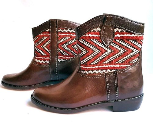 New promotional price 35% OFF * Moroccan kilim red and white → Short boots 37