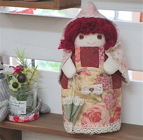 wonderland22 handmade cloth doll | umbrella little lady