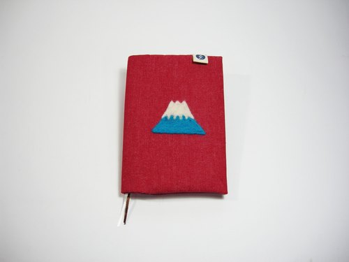 ● Meng Meng Fuji (red denim) __ as for zuo zuo handmade wool felt laptop