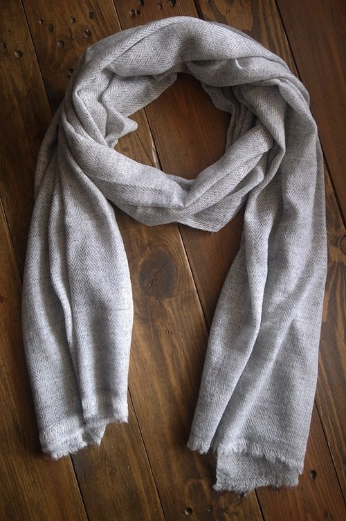【Grooving the beats】Cashmere Stripes Shawl / Scarf / Stole Handmade from Nepal(V_Light Grey)