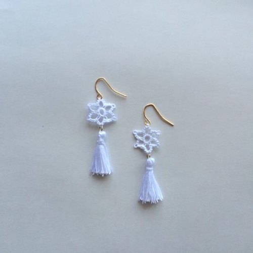 Mini tassel / white