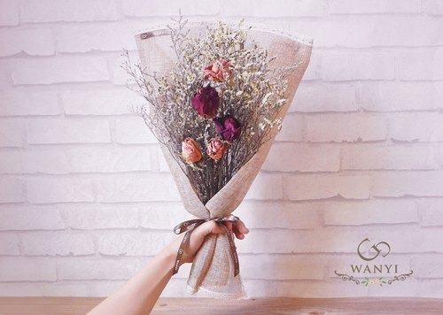 ✿ reassuring rely bouquet / dried flowers / rose / crystal grass / Qingren Cao