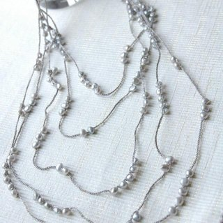 Of freshwater pearl necklace crochet 450 (light gray)