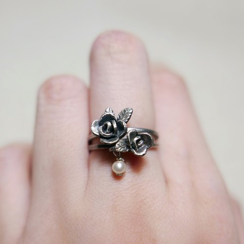 Rose Guardian Ring. Two optional