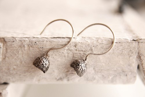 Dancing Dangle pine nut shell 925 sterling silver oxide black dance elegant retro fresh and natural 3D stereo ear hook earrings simple romantic Christmas birthday Valentine's Day gift | ancient Greek original design lost wax handmade jewelry CyKLu Jewe