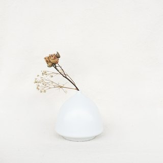 Simple Nordic Flower - Half Cylinder (White)