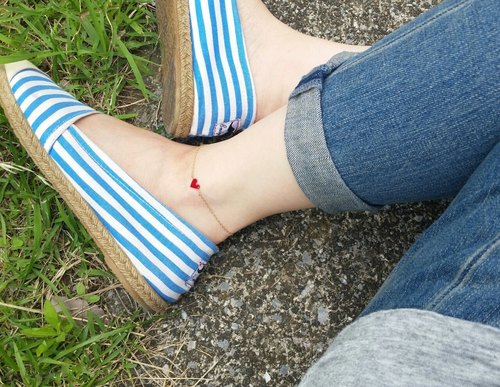 mini mini heart anklet