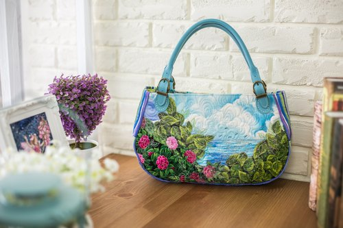 Landscape series handbag / Sea / spring / Hand Limited