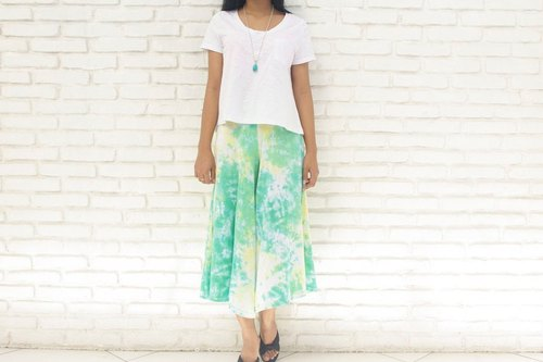 Summer color! Clean uneven dyed relax wide flared pants <lemon Green>