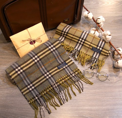 Back to Green :: BURBERRY with yellow in color saturation (after 1) Wool 100% vintage scarf (SSC-08)