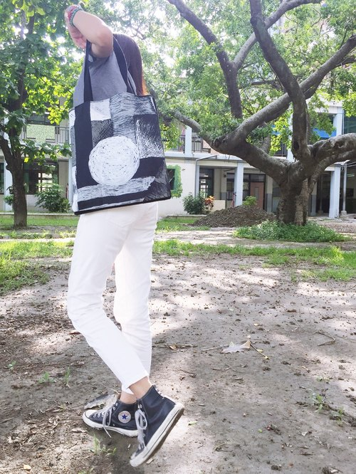 Shoulder bag three layers of sandwich bag + I back a picture - grayscale +