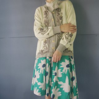 Treasure Hunting - Classical Embroidered Tulip Floral Knit Jacket