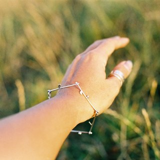 twig twig | Silver bracelet | Natural form