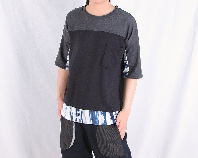 黑 / 暈染藍拼接上衣 / A1088