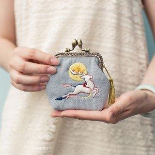 Deer long hand-embroidered gold bag fabric tassel coin purse clutch bag original antique Chinese style