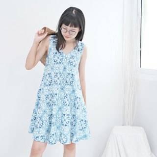 Mini A-dress Linen Fabric (Blue Graphic)