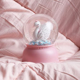 Snowglobe light: Swan