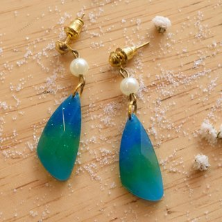 Cute & Beauty Adorable Blue Green Gem Resin Dangle Earrings