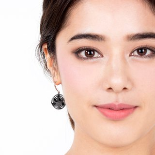 Turner's Rounded Cube Earrings (Grey)  | Scaling Collection