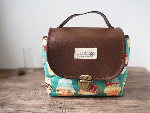 (Large camera bag) class single small camera thick cotton camera bag (afternoon tea cake) BZ11