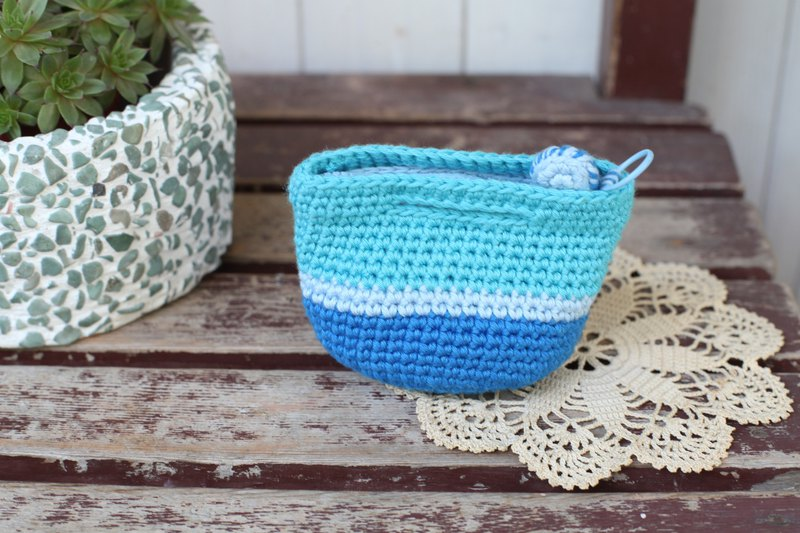 [Good day] handmade Haitian front picnic basket small purse / purse / gift