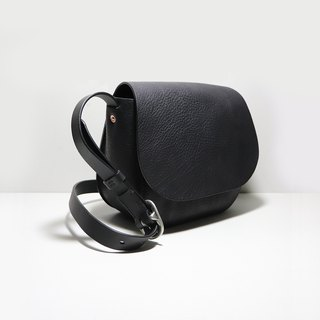 LUCE Hand Sew Bag Sella Bag Saddle Bag - Black
