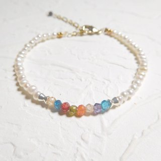 The new pearl color gemstone bracelet