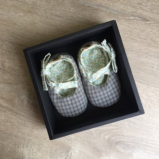 120 Japan dark gray grid X Norway lake water green flower handmade strap baby shoes baby shoes toddler shoes