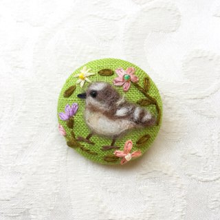 brooch of pygmy woodpecker.