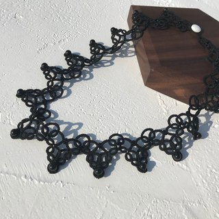 tatted lace necklace ( black color) / gift / Swarovski crystal pearl / customize