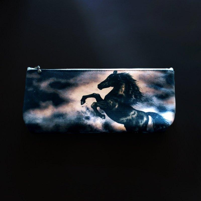 Dark horse 黑馬筆袋