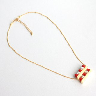 Double Strawberry Cream Cake Chest Short Necklace