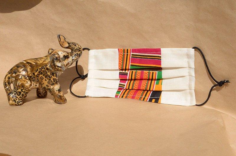 非洲花布口罩套-迦納肯特(雙拼白底)