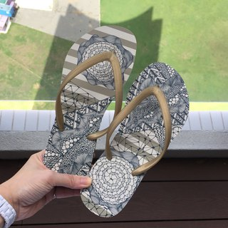 Summer Essential/ Original Tangle Art Flip Flop in Brown Stripes