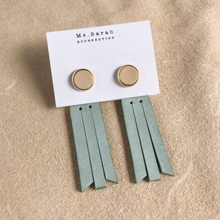 Leather earrings_ Round frame No. 8 works #10_Fringed models_Original skin with mint green (can be changed)