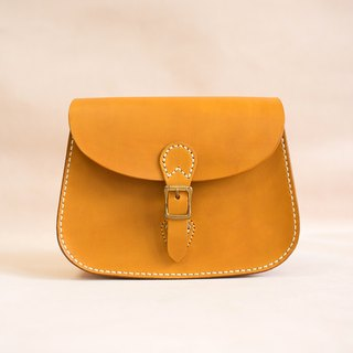 Women's Cowhide Leather Classic Saddle Handbag Handmade Shoulder Bag
