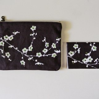 Business card holder white plum